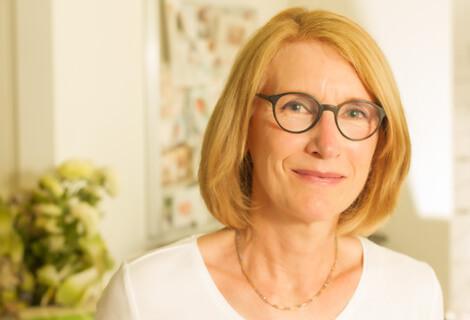 Dr med Karin Mezger